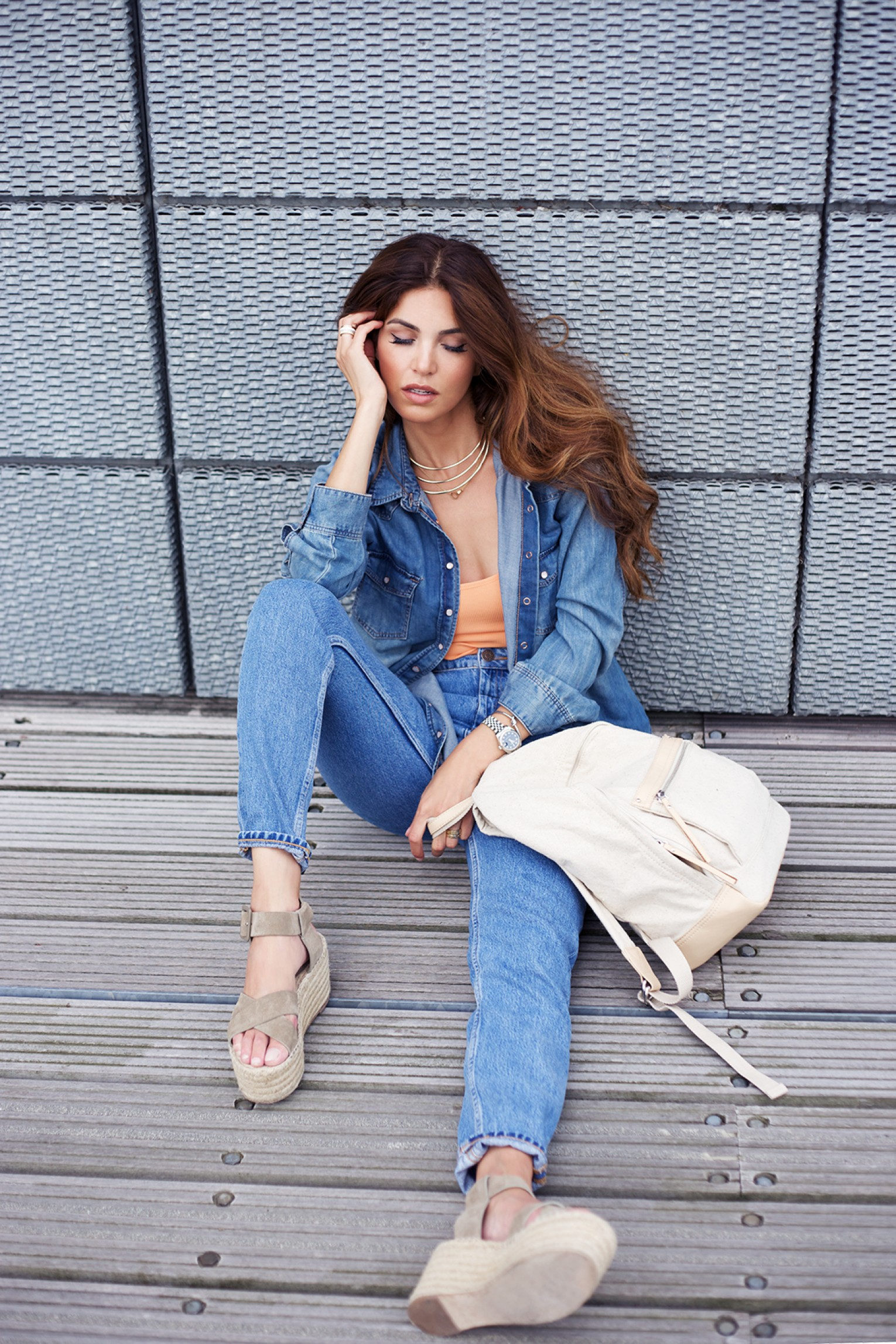 Negin Mirsalehi - continuation of the seventies trend